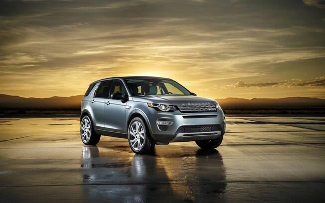 Land Rover Discovery de Bond: nove carros foram roubados antes das filmagens