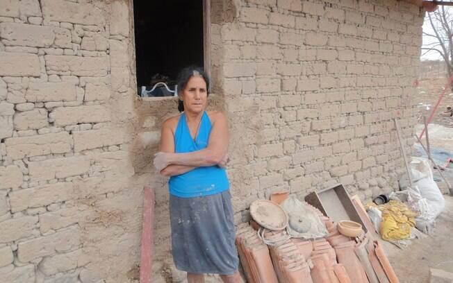 Adília da Silva é artesã e beneficiária do Bolsa Família. Foto: Ricardo Galhardo/iG São Paulo