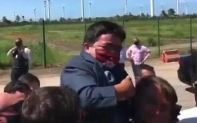 Bolsonaro anão