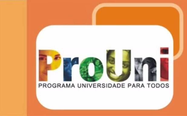 ProUni concede bolsas de estudo integrais e parciais em cursos de graduação em instituições privadas de educação