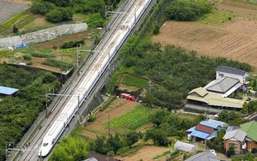Trem bala parou próximo à cidade de Odawara. Foto: AP