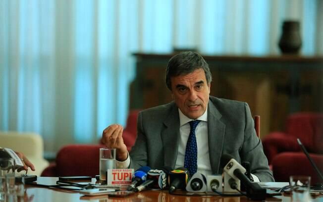 Cardozo afirmou que perícia feita por técnicos do Senado descaracterizou eventual culpa de Dilma