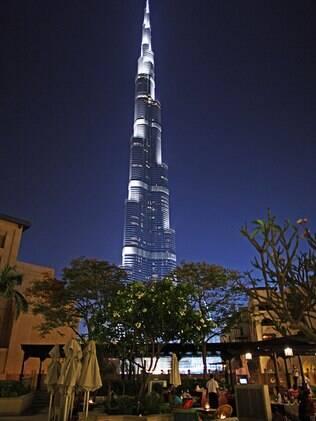 Burj Khalifa é um dos prédios mais altos do mundo
