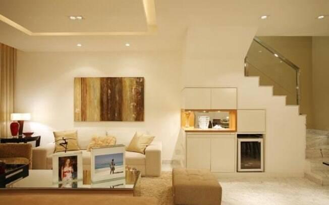 Aproveite o espao embaixo da escada  Arquitetura  iG