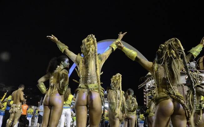 Integrantes da Unidos da Tijuca, escola que fechou o carnaval carioca . Foto: Riotur