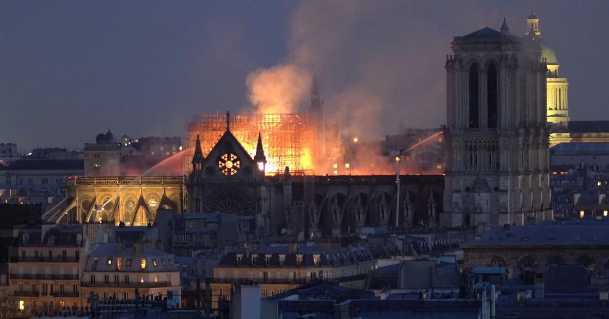 Brand Von Notre Dame Laschet Kritisiert ARD Und ZDF WEBDE