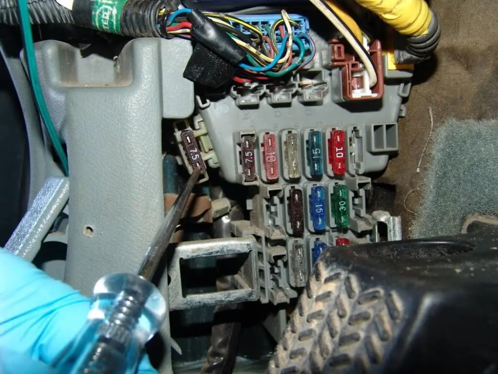 medium resolution of the customer had looked for the turn signal fuse and could not find it it is in the fuse box on the driver s kick panel