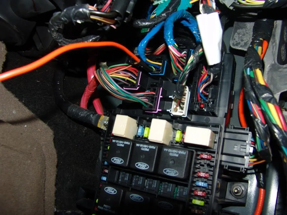 medium resolution of i checked fuse 34 with the key on and it had power and was good so that eliminated a faulty pcm relay and related wiring the next step was to locate the