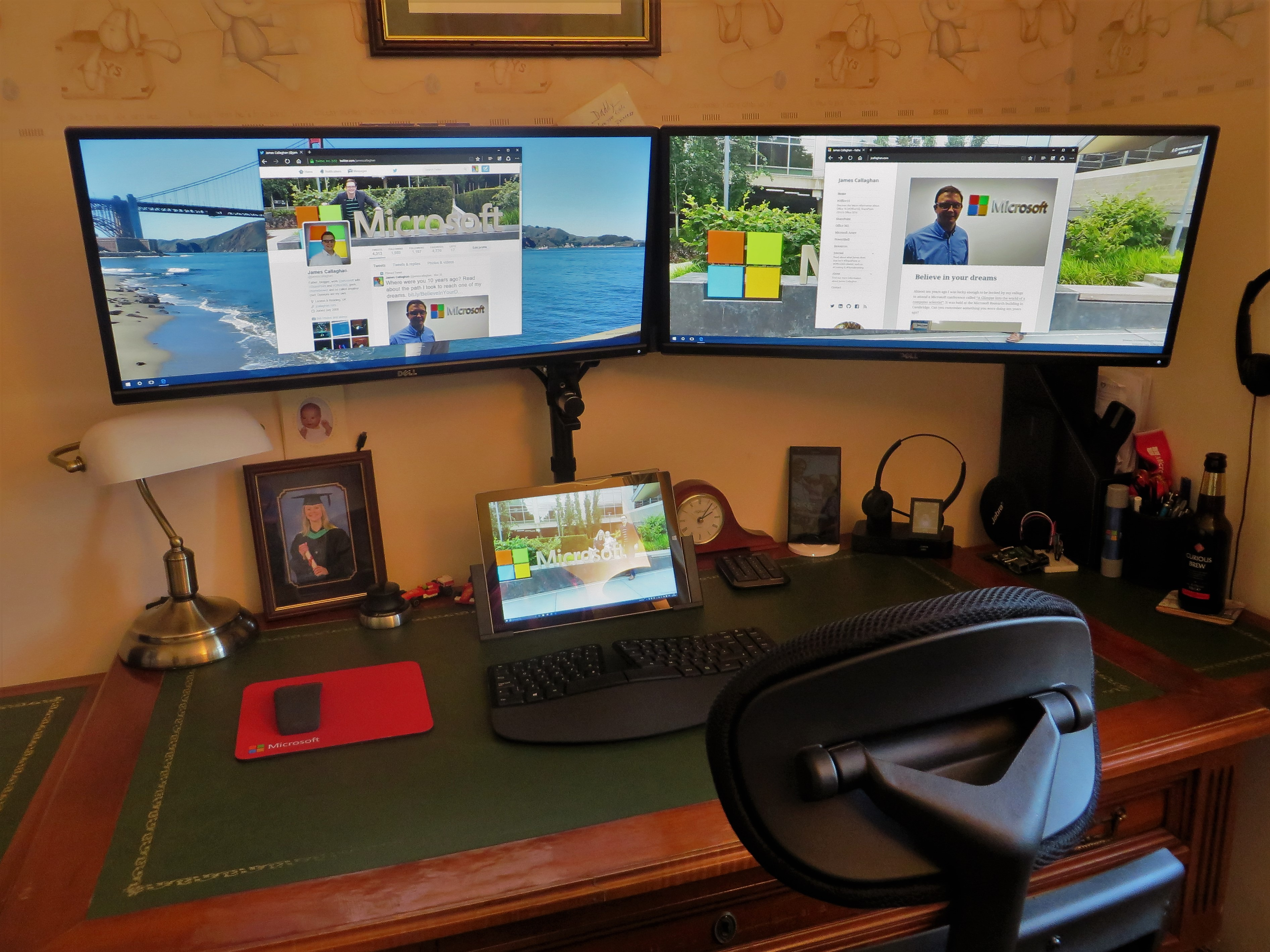 how to daisy chain multiple monitors on a surface pro 3 running daisy chain monitors wiring diagram [ 3785 x 2839 Pixel ]