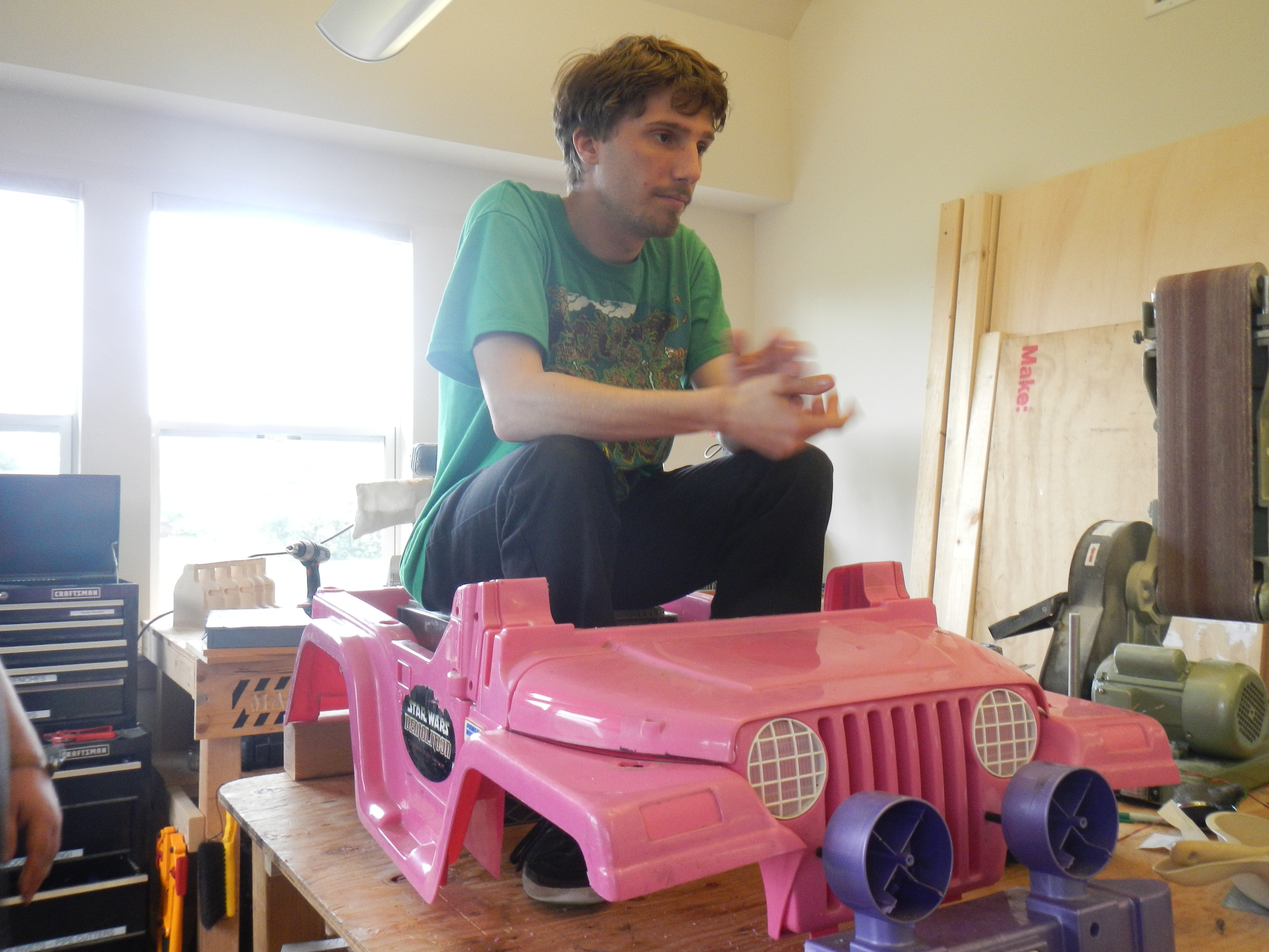 from barbie to badass the make lab rats transform a power wheels barbie jeep wrangler wiring source barbie jammin jeep wiring diagram  [ 4608 x 3456 Pixel ]
