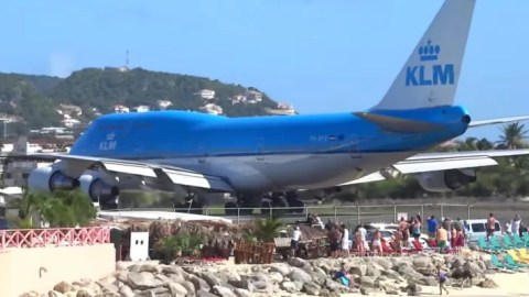 watch a klm 747