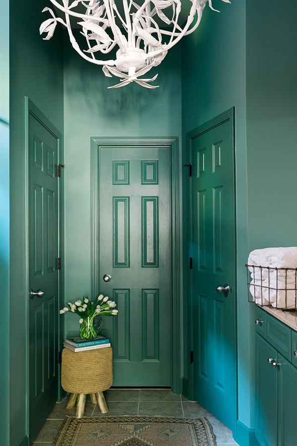 Free Fall Color Wallpaper A Bold Bathroom Makeover With Behr Paint Waiting On Martha
