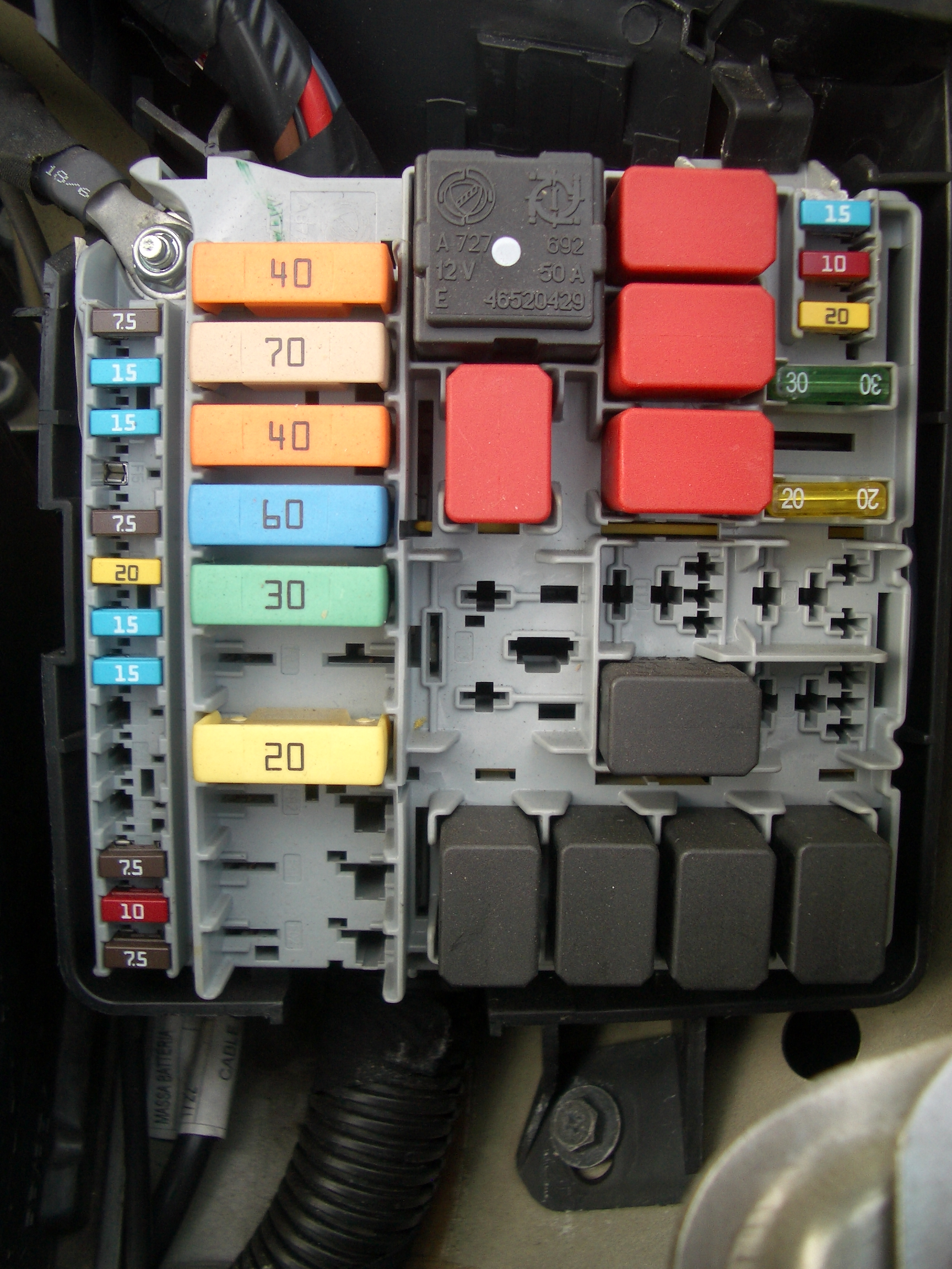 medium resolution of rover mini fuse box location