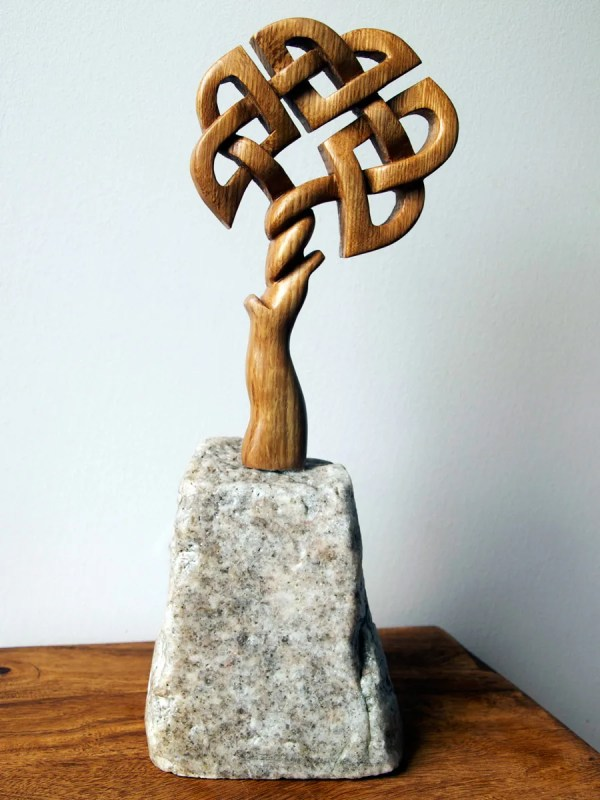 Indoor Sculptures And Carvings In Wood Stone Slate