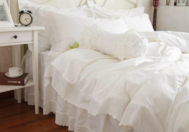 White Queen Bedding