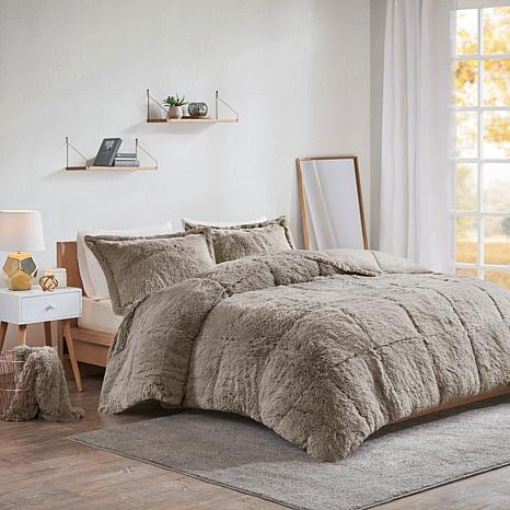 intelligent design malea faux fur comforter set