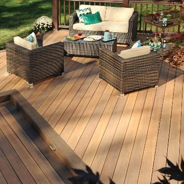 choosing the decking material that s