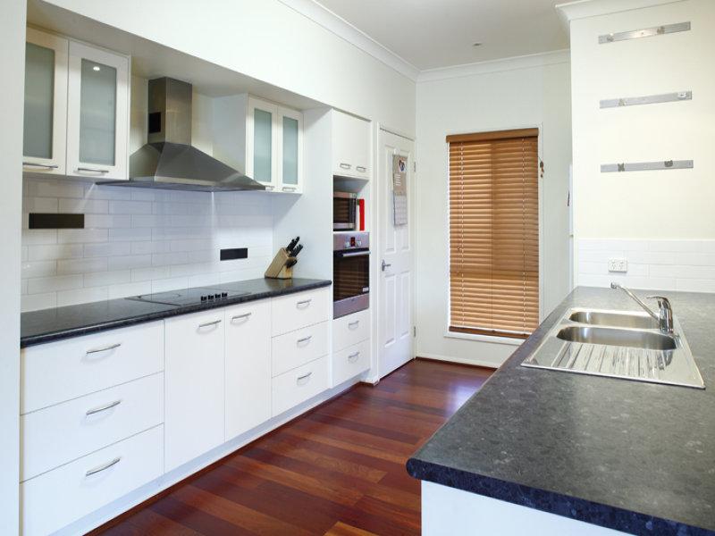 Galley Kitchen Design Using Floorboards Kitchen Photo 513221