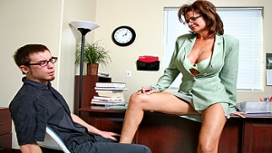 deauxma mom son