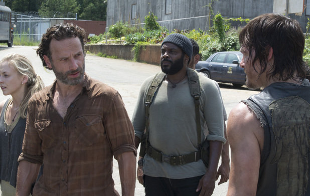 Beth Greene (Emily Kinney), Rick Grimes (Andrew Lincoln), Tyreese (Chad Coleman) and Daryl Dixon (Norman Reedus) in The Walking Dead: 'Too Far Gone'