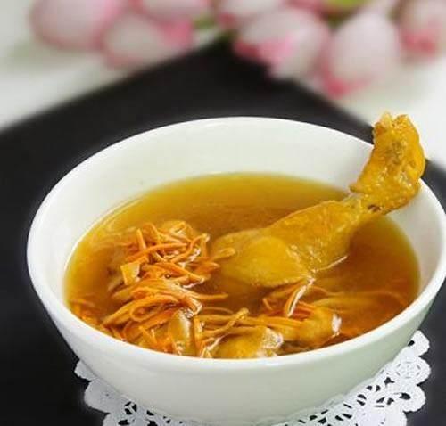 【蟲草花鮑魚煲雞湯的做法步驟圖。怎么做好吃】瀟霏兒私房菜館_下廚房