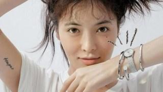 HYUNA竟卸妝拍雜誌!素顏出鏡,小野馬變鄰家女孩!