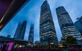 降价1.4亿没人买!上海第一豪宅遇冷,现在房子不好卖了?