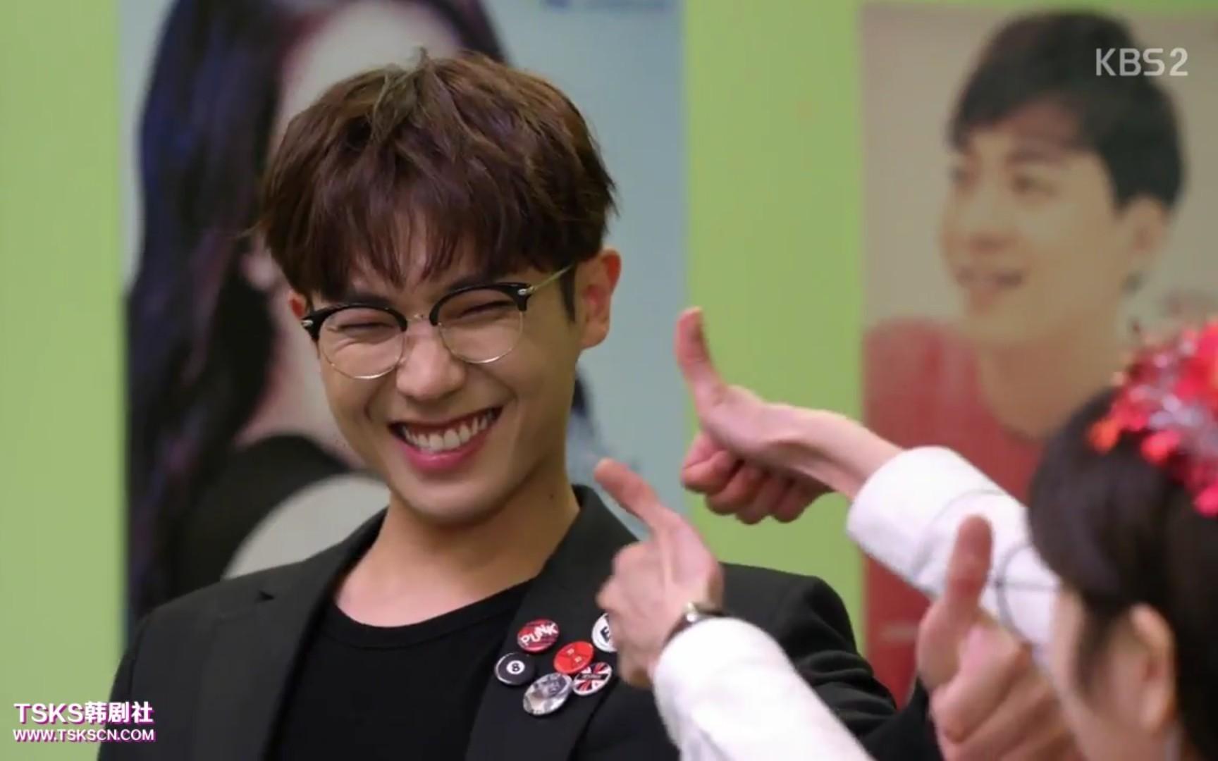 【爸爸好奇怪】 28集安演員的生日驚喜_嗶哩嗶哩 (゜-゜)つロ 干杯~-bilibili