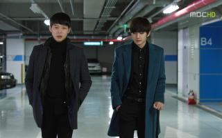 亨俊和秀妍在一起还是很甜的,要是初恋没来插一脚