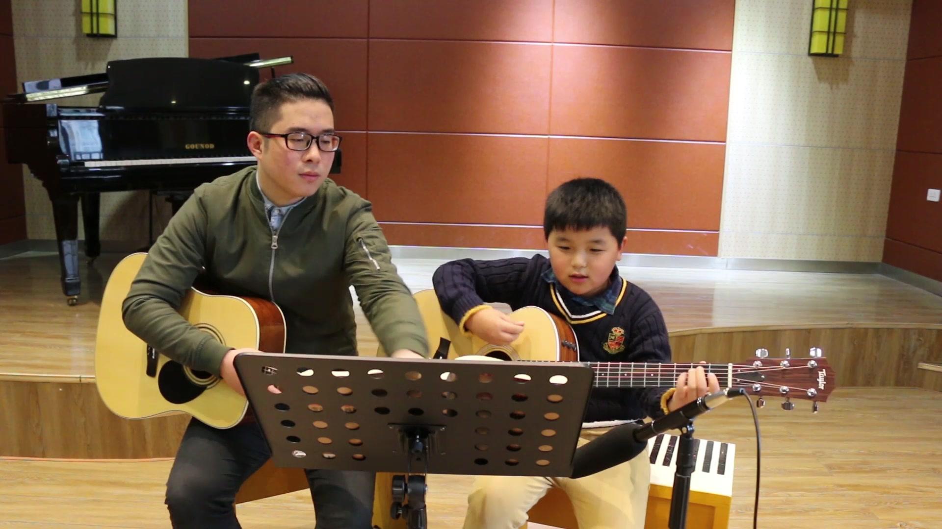 小吉他教程_吉他入門指法圖解_學習吉他入門指法_吉他新手入門教程