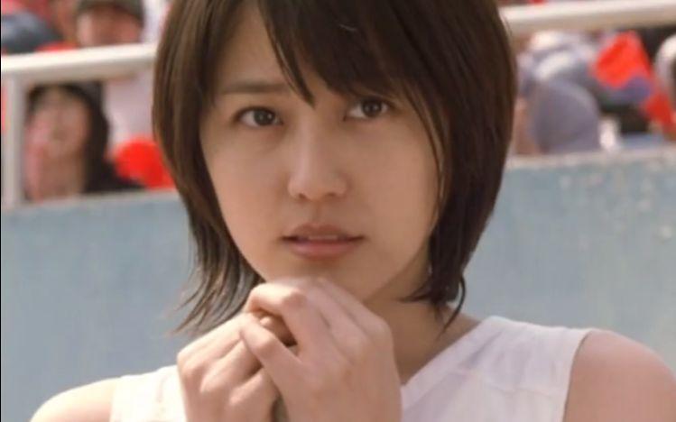 長澤雅美10年前在香港宣傳《棒球英豪》(Touch)接受TVB采訪。_嗶哩嗶哩 (゜-゜)つロ 干杯~-bilibili