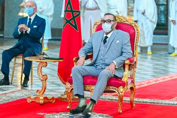 """الملك محمد السادس يترأس حفل توقيع اتفاقيات لتصنيع وتعبئة لقاح """"كورونا"""""""