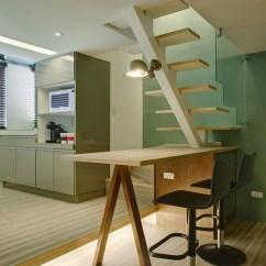 High Kitchen Table Sets Retro Stoves 将楼梯与餐桌结合 利用相对应的楼梯踏板高度延伸为餐桌 楼梯转角踏板