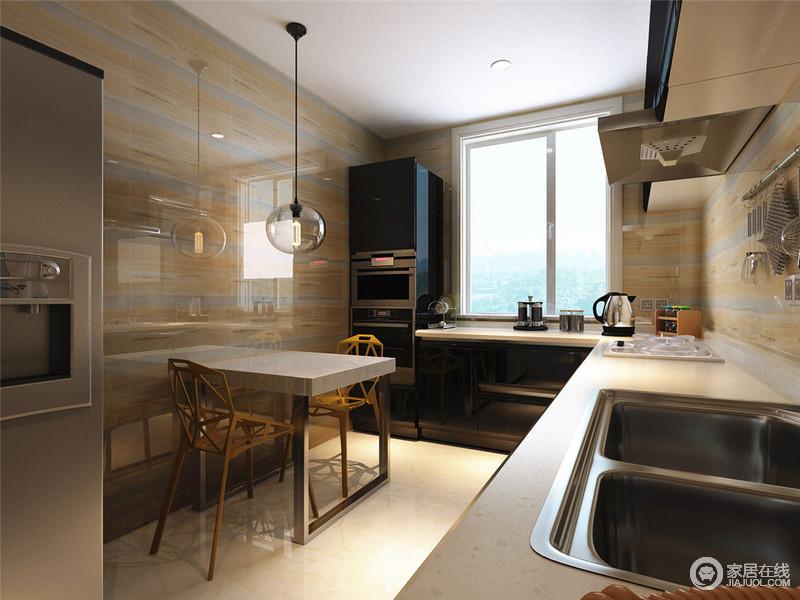 kitchen direct wire rack 对于小户型来说 家里人口较少时 可以实现餐厨一体 在功能上 厨房直接 厨房直接完成整个烹饪及用餐 不用再单独规划餐厅部分 大理石宽条纹墙面让厨房显得时尚整洁充满现代感