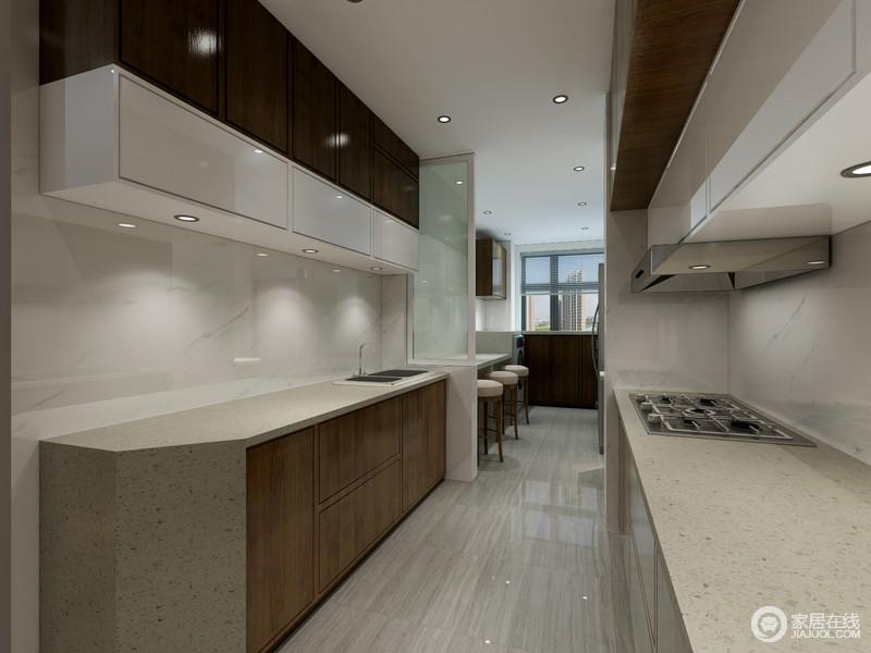 kitchen planners spring faucet 厨房的户型属于狭长型 为了给屋主规划出休闲吧台区 设计师通过隔断墙和