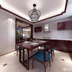 Black Kitchen Table And Chairs Hotels With 宽敞厨房布置了小餐厅 适合日常人少时的就餐使用 方形的餐桌与圆润的 方形