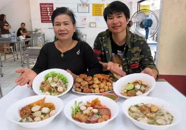 三養街市,曼谷的草根食堂 - 每日頭條