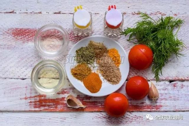 俄羅斯的麵包,番茄醬,魚子醬 - 每日頭條