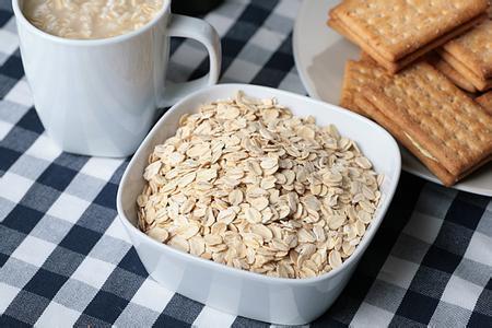 燕麥片的作用與禁忌 常吃燕麥有哪些好處 - 每日頭條