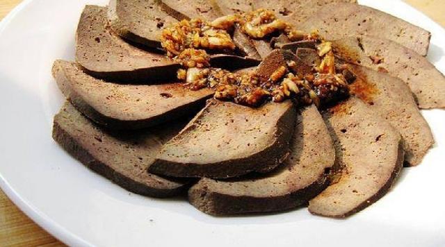 滷味大廚來教你!怎麼做出香嫩不柴的鹵豬肝!其實特別簡單 - 每日頭條