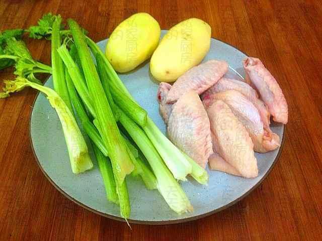 分享六道乾鍋菜的做法。香辣美味讓人饞涎欲滴 - 每日頭條