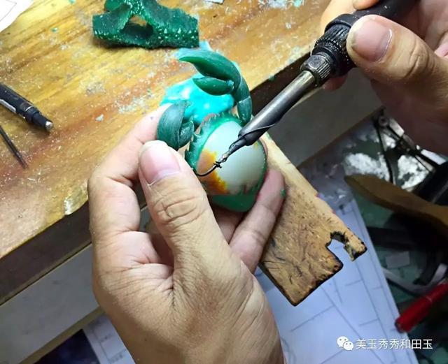 一隻價值幾十萬的和田玉螃蟹是怎樣煉成的? - 每日頭條