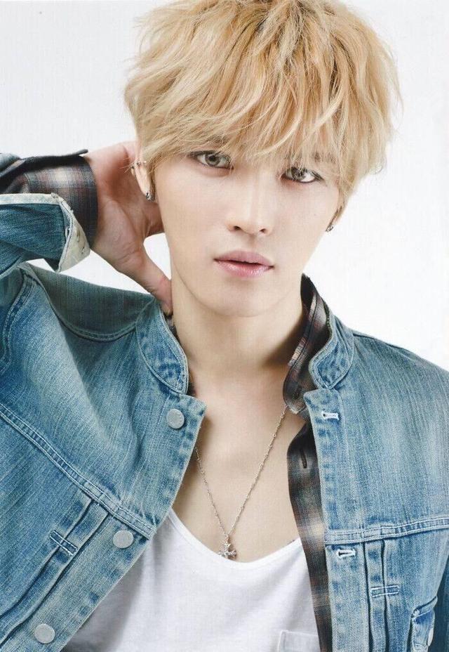 韓國十大花美男排行榜。樸燦烈只能排第二。第一名卻是他 - 每日頭條