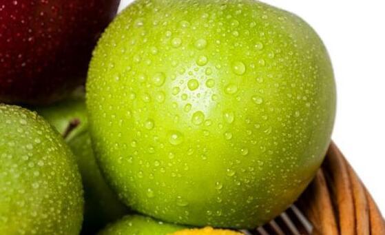 蘋果煮著吃有什麼好處 牛奶煮蘋果的功效與作用 - 每日頭條