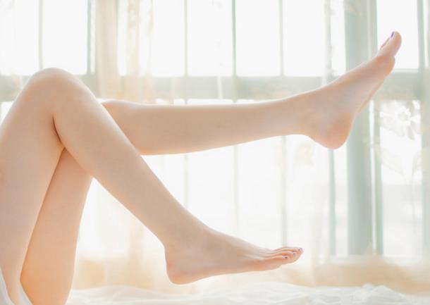 把這這些美足方法教給你。讓你的雙腳精緻白嫩。美到噴鼻血 - 每日頭條