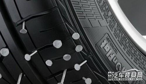輪胎被扎哪種補胎方式最安全。補胎後還能跑高速? - 每日頭條