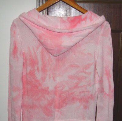 【家居】衣服被染色後該如何處理 - 每日頭條
