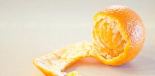 新鮮的橘子皮能吃嗎 吃橘子皮有什麼好處 - 每日頭條
