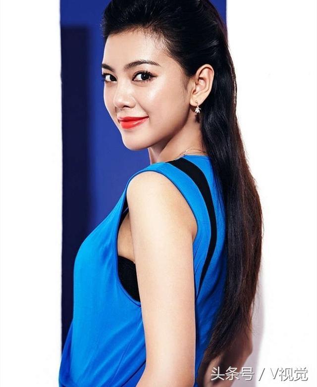 趙文琪是一個典型的都市女孩,可謂外形,內涵,眼界,品味俱佳 - 每日頭條