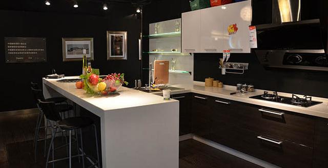 top rated kitchen stoves corner tables 厨房风水格局 一个炉灶为中心 其他家具为辅 每日头条 导语 厨房风水 在家居风水中占有重要位置 因此 对厨房的布局也就有了更多的要求 在装修前 最好先了解厨房风水格局的基本要求 结合装修设计一并进行